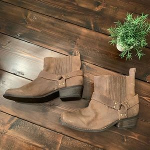 Very Volatile Suede Ankle Brown Boots Size  8.5
